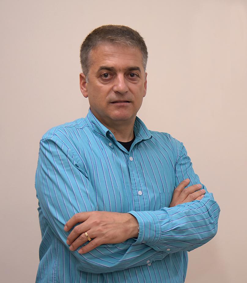 Dr. Arjanit Haxhiu