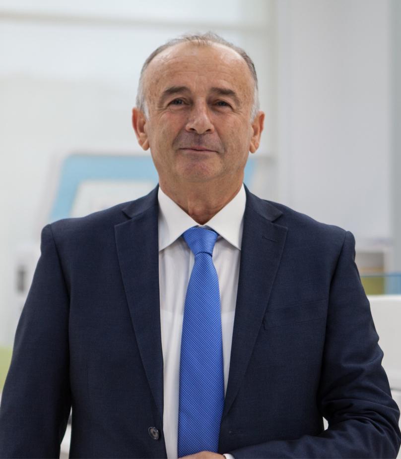 Dr. Vasil Llajo